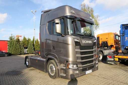 SCANIA S450  Truck tractor