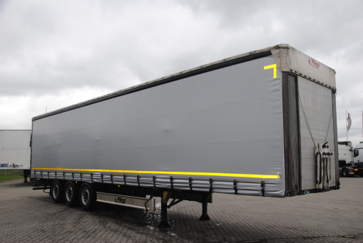 FLIEGL Curtain trailer