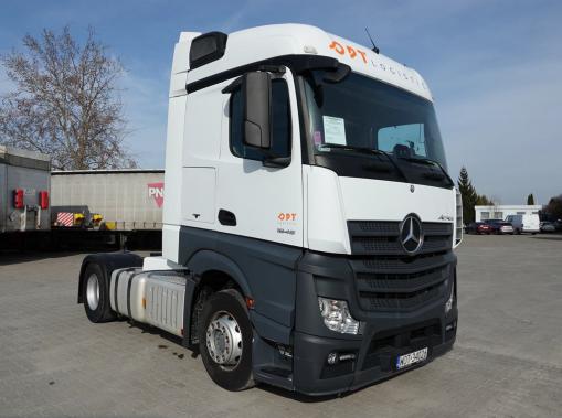 MERCEDES-BENZ ACTROS Truck tractor