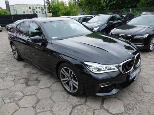 BMW SERIA-7 G11/G12-2015 Sedan / Limousine